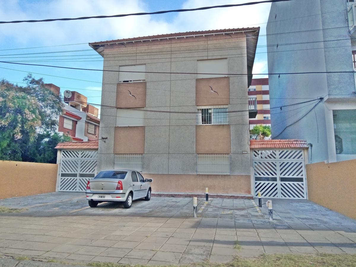 Foto Departamento en Venta en  San Bernardo Del Tuyu ,  Costa Atlantica  Practico 2 amb a metros del mar !!!