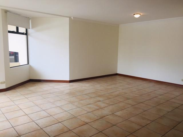 Foto Departamento en Renta en  Escazu,  Escazu  Escazú / Inmejorable ubicación / Piscina / Gym
