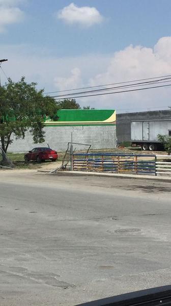 Foto Terreno en Renta en  Parque La Talaverna,  San Nicolás de los Garza  Excelente TERRENO en RENTA con uso de suelo comercial. Esquina. (VSC)