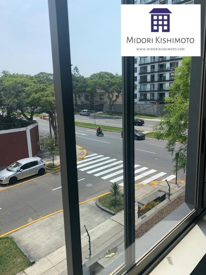 Foto Departamento en Alquiler en  San Isidro,  Lima  Los Robles 300