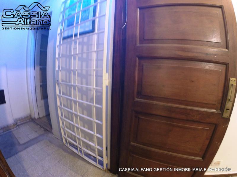 Foto PH en Alquiler en  Lomas de Zamora Oeste,  Lomas De Zamora  SAN MARTIN 559