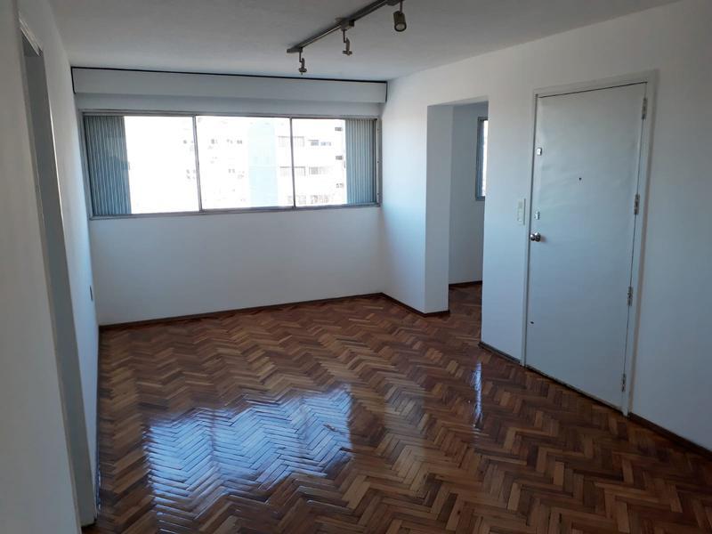 Foto Departamento en Venta en  Aguada ,  Montevideo  Aguada