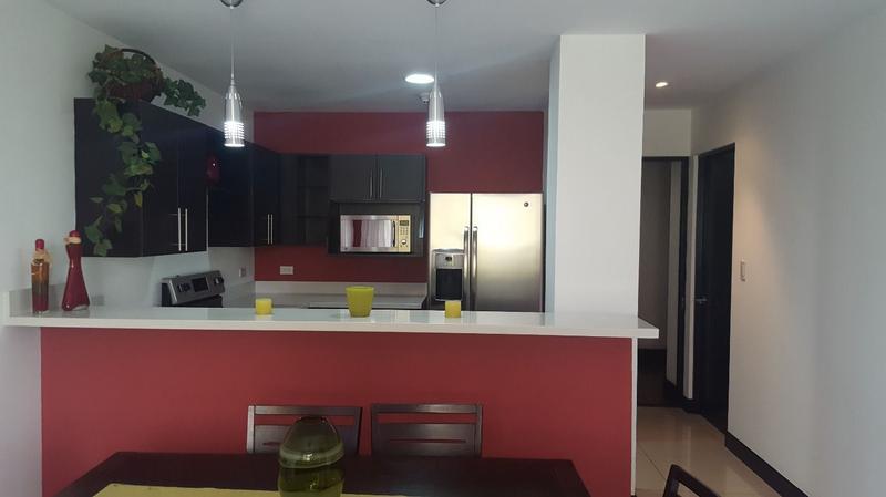 Foto Departamento en Venta | Renta en  Pozos,  Santa Ana  Apartamento en Santa Ana con linda vista