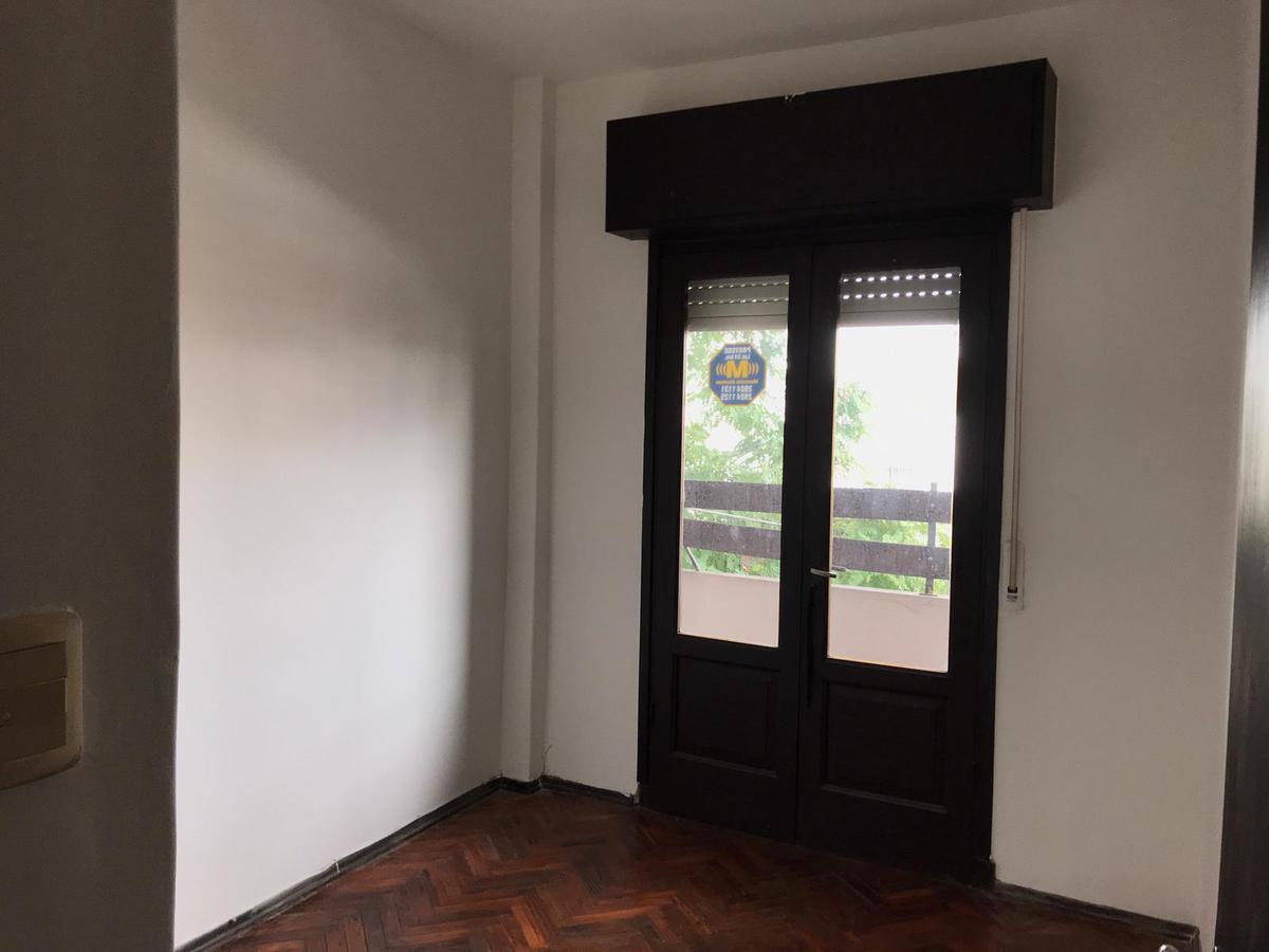 Foto Apartamento en Venta en  Cordón ,  Montevideo  Se vende con renta
