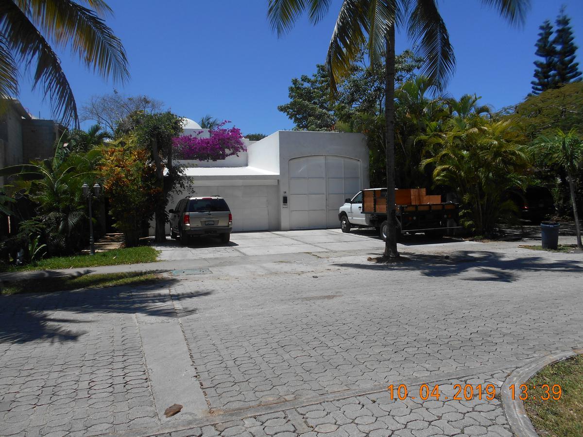 Foto Casa en Venta en  Solidaridad,  Playa del Carmen  Playacar Fase II