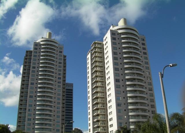 Foto Local en Venta en  Puerto Buceo ,  Montevideo  Puerto Buceo