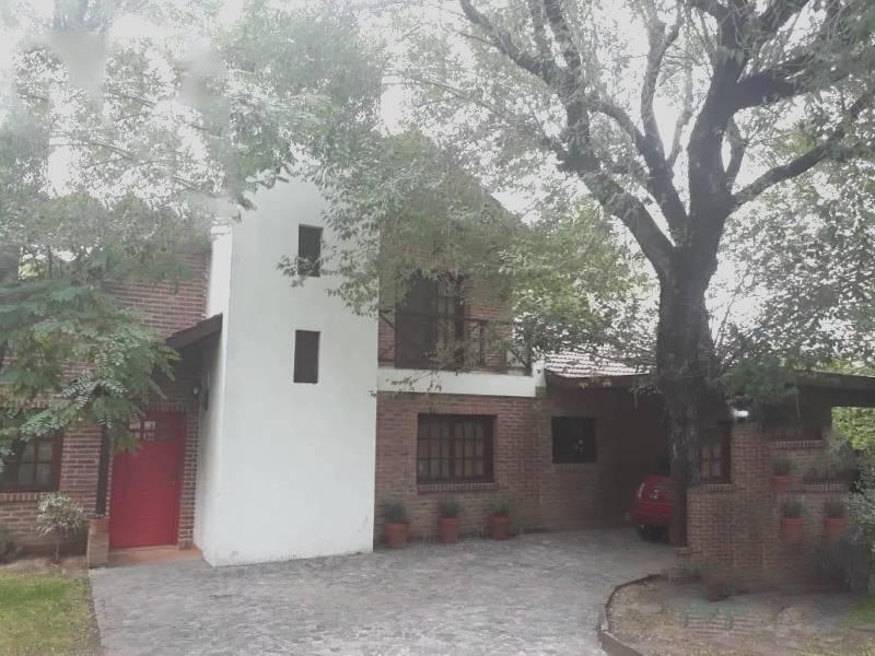Foto Casa en Venta en  Fincas De Maschwitz,  Countries/B.Cerrado (Escobar)  Islandia al 2400