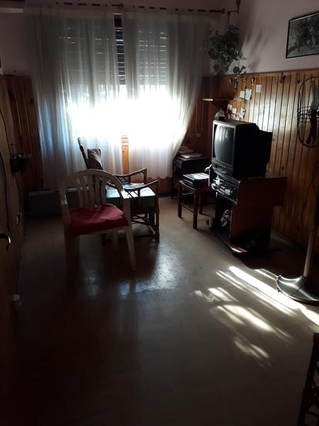 Foto Casa en Venta en  Lomas de Zamora Oeste,  Lomas De Zamora  FRAY LUIS BELTRAN al 700