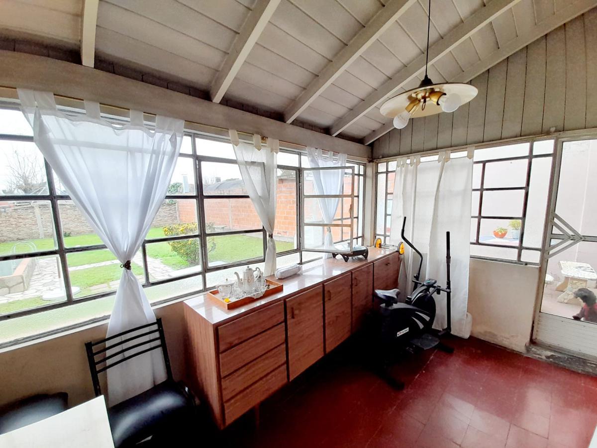 Foto Casa en Venta en  Ituzaingó Norte,  Ituzaingó  Gabriela Mistral al 900
