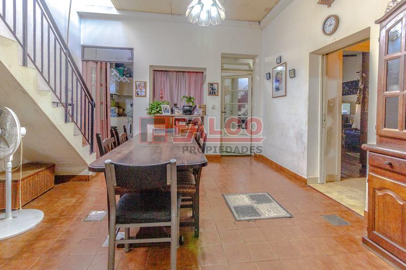 Foto Casa en Venta en  Mataderos ,  Capital Federal  Tandil al 5300