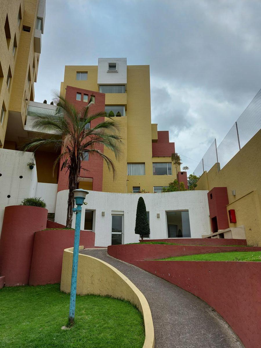 Foto Casa en Venta en  El Inca,  Quito  San Isidro