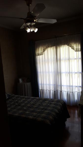 Foto Casa en Venta en  Llavallol,  Lomas De Zamora  OLAVARRIA al 500