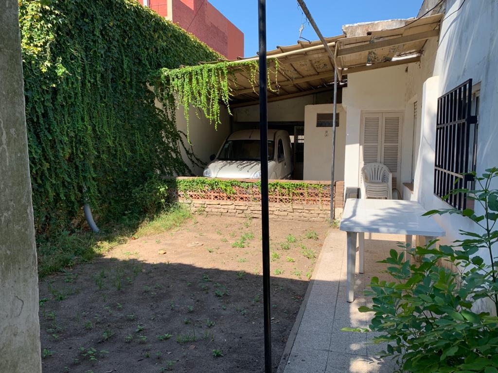 Foto Casa en Venta en  Luis Agote,  Rosario  Pasaje Pestalozzi al 800