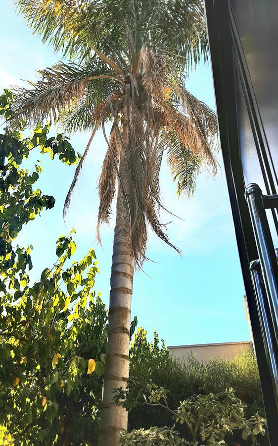 Foto Casa en Venta en  Villa Olivos,  Countries/B.Cerrado (Escobar)  Venta URGENTE CON RENTA. Casa retasada, de 3 dorm. con dependencia y playroom.