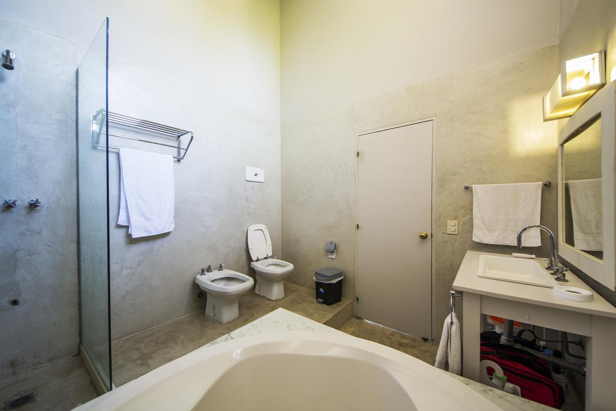 Foto Casa en Venta | Alquiler temporario en  Beverly Hills,  Punta del Este  Importante Casa