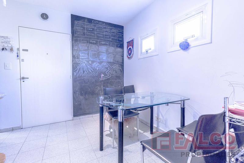 Foto Departamento en Venta en  Caballito ,  Capital Federal  Puan al 200