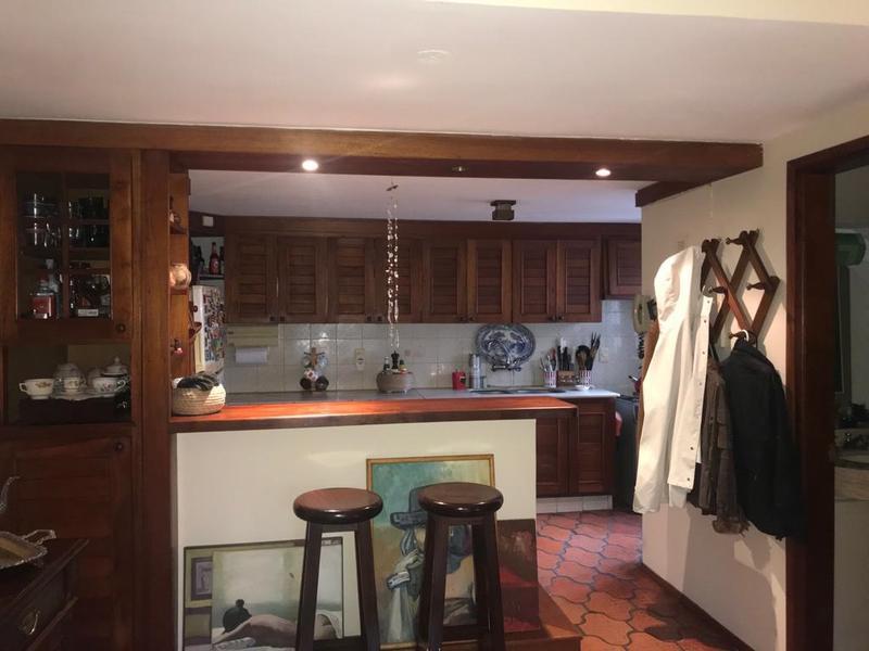 Foto Casa en Venta   Alquiler en  Carrasco ,  Montevideo  Casa en Carrasco, dos plantas, impecable