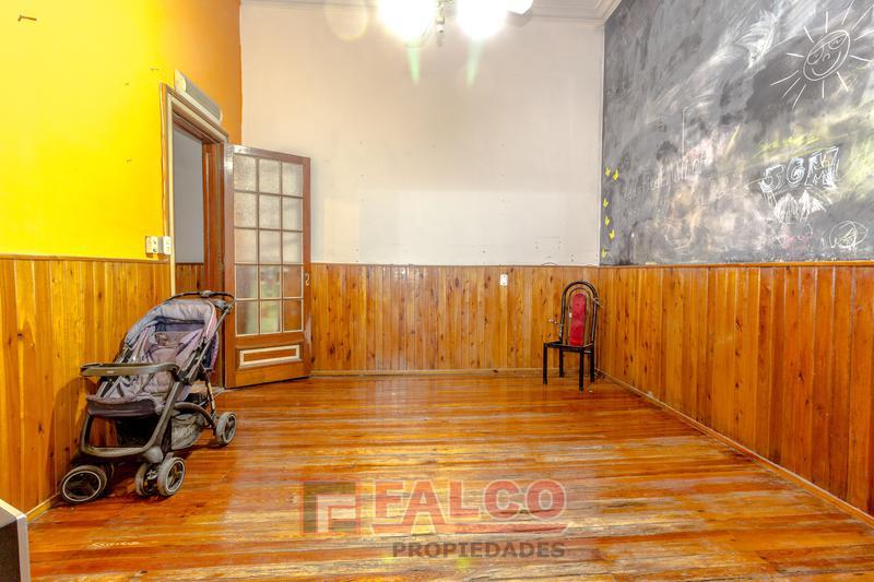 Foto Oficina en Venta en  Caballito ,  Capital Federal  Victor Martinez y Rivadavia