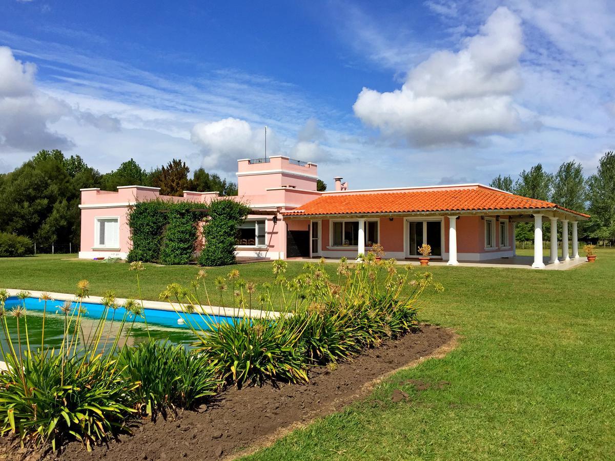 Foto Casa en Venta en  Estancia Benquerencia,  San Miguel Del Monte  Estancia Benquerencia, 332