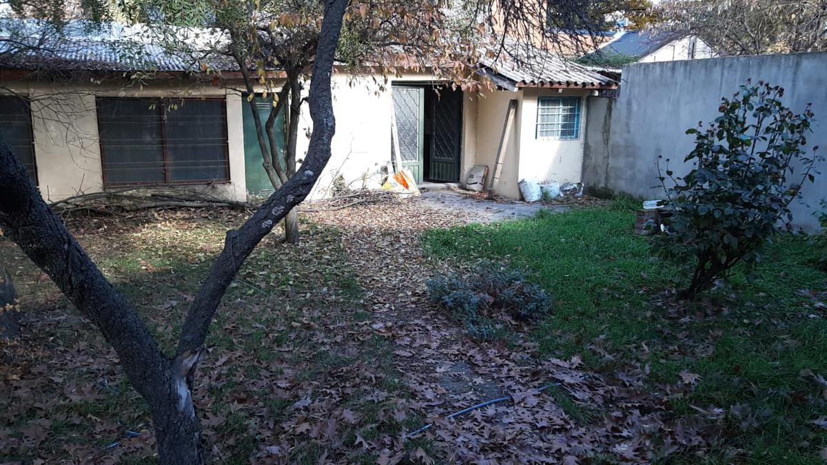Foto Casa en Venta en  Centro,  El Bolson  Saavedra y Padre Feliciano
