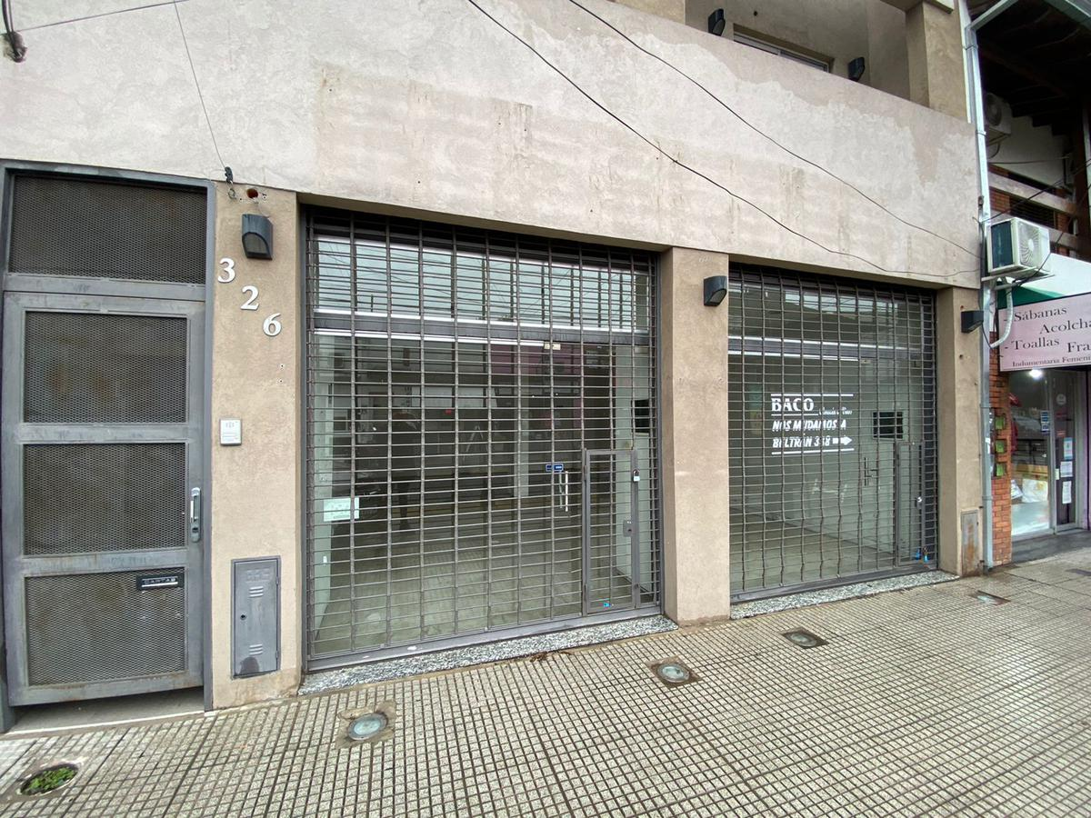 Foto Local en Alquiler en  Remedios De Escalada,  Lanús  Beltran al 300