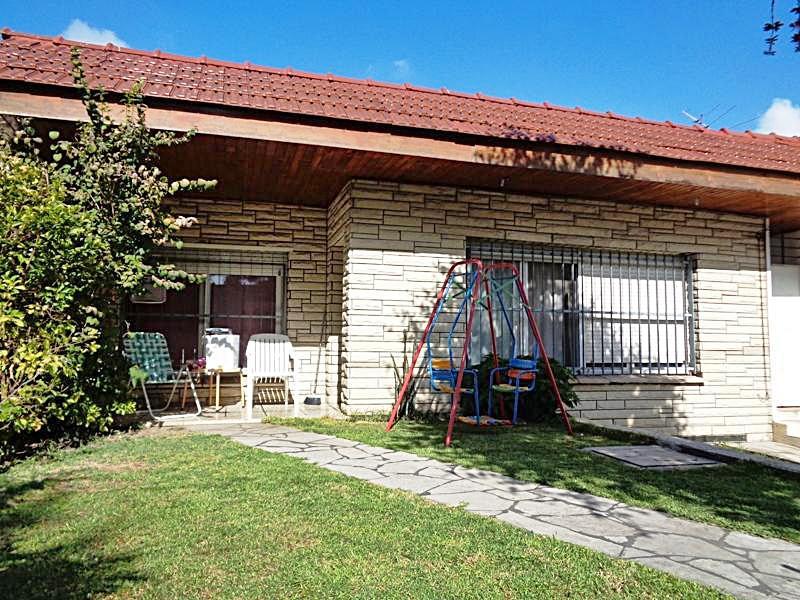 Foto Casa en Venta en  Villa Adelina,  San Isidro  Manuelita Rosas al 2100