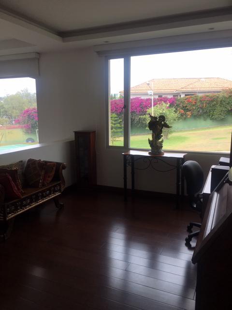Foto Casa en Venta en  Cumbayá,  Quito  San Bernardino