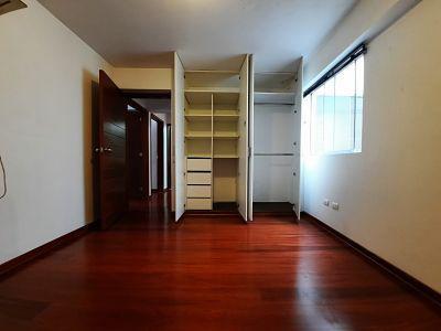 Foto Departamento en Venta en  Santiago de Surco,  Lima  Jiron Tampumachay