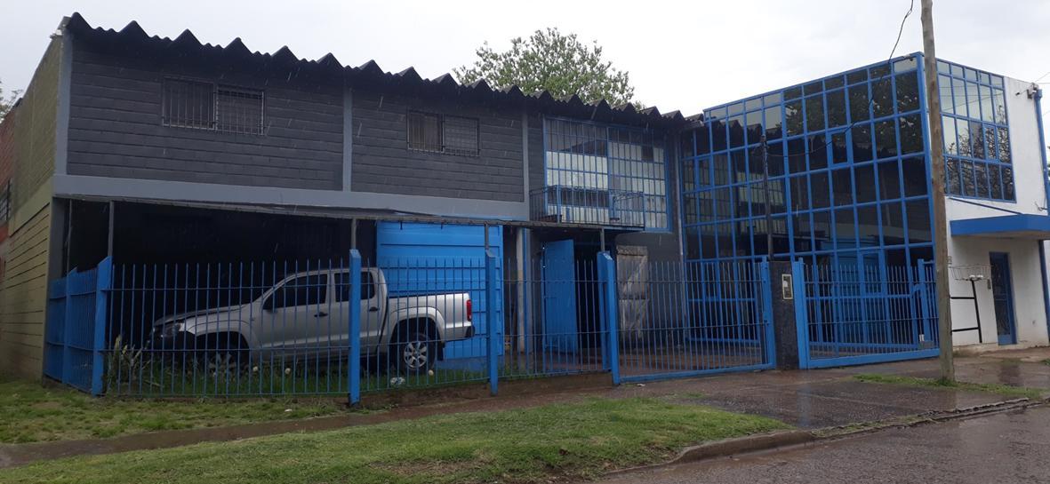 Foto Depósito en Venta en  Don Torcuato,  Tigre  Juana de Arco al 500