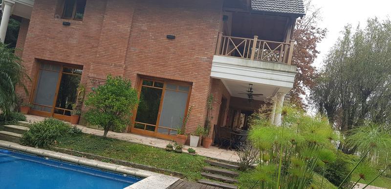 Foto Casa en Venta en  Escobar ,  G.B.A. Zona Norte  BARRIO NAUTICO ESCOBAR