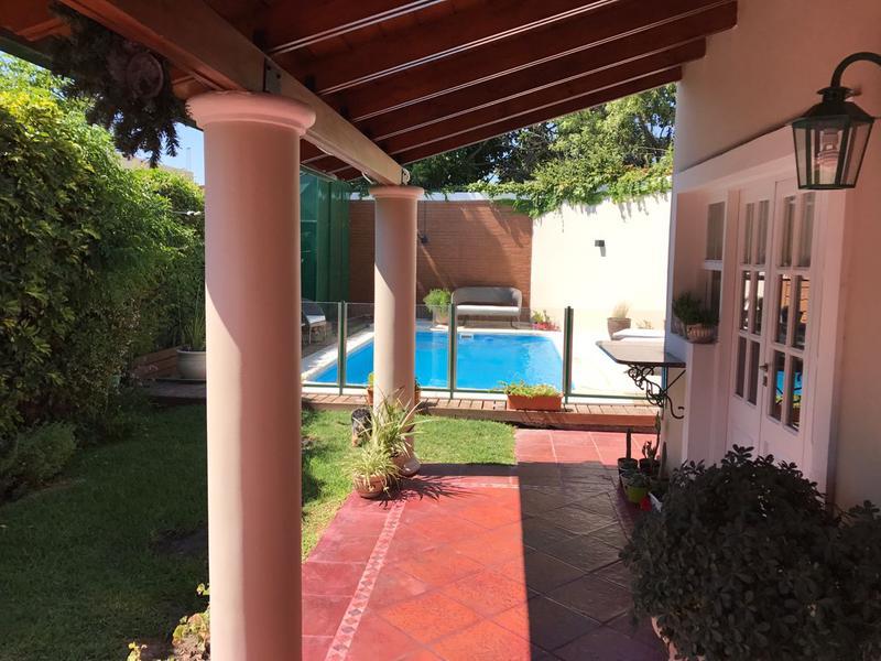Foto Casa en Alquiler en  Desamparados,  Capital  san isidro al 1500