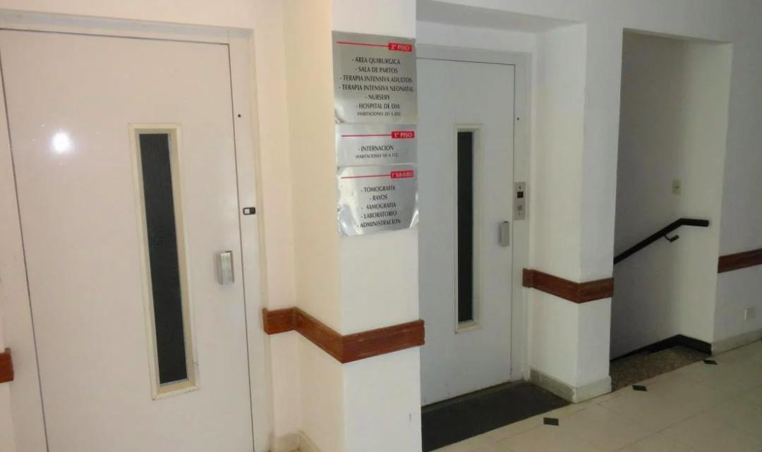 Foto Edificio Comercial en Venta | Alquiler en  S.Isi.-Centro,  San Isidro  3 DE FEBRERO al 400