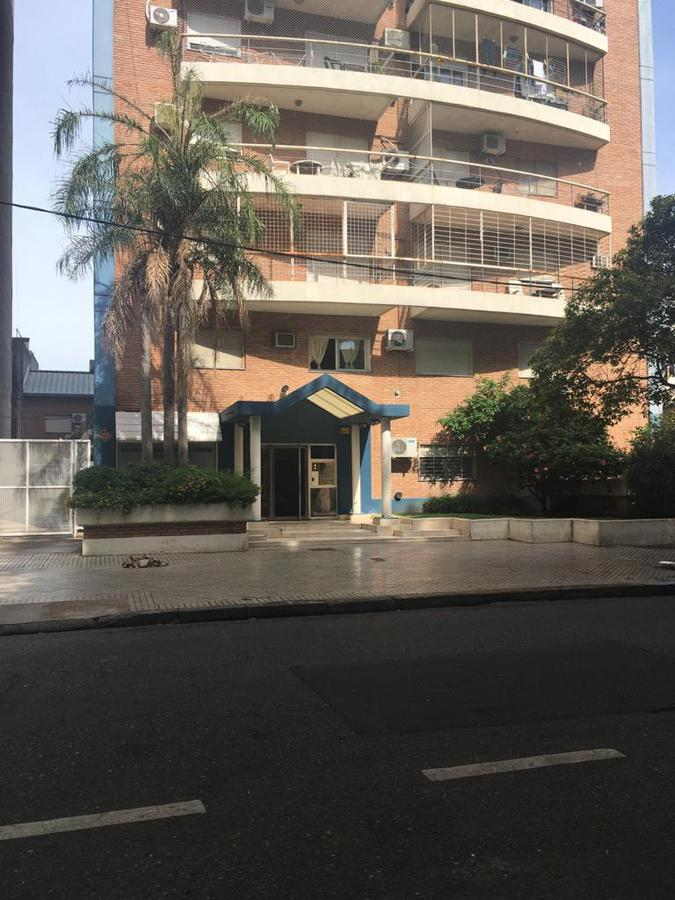 Foto Departamento en Venta en  Macrocentro,  Rosario  Callao  al 1300