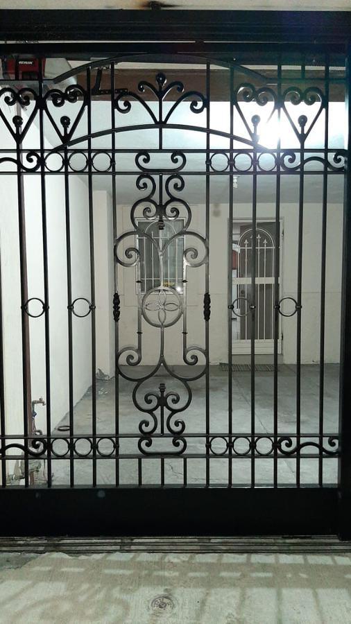 Foto Casa en Venta en  Portales de la Silla,  Guadalupe  Portales de la Silla