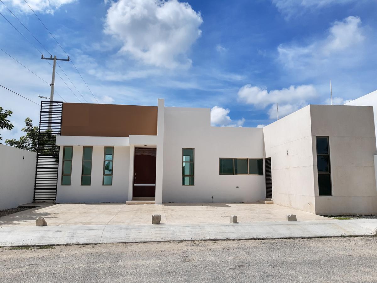 Foto Casa en Venta en  San Diego Cutz,  Conkal  Casa de 1 Planta en Esquina en San Diego Cutz.
