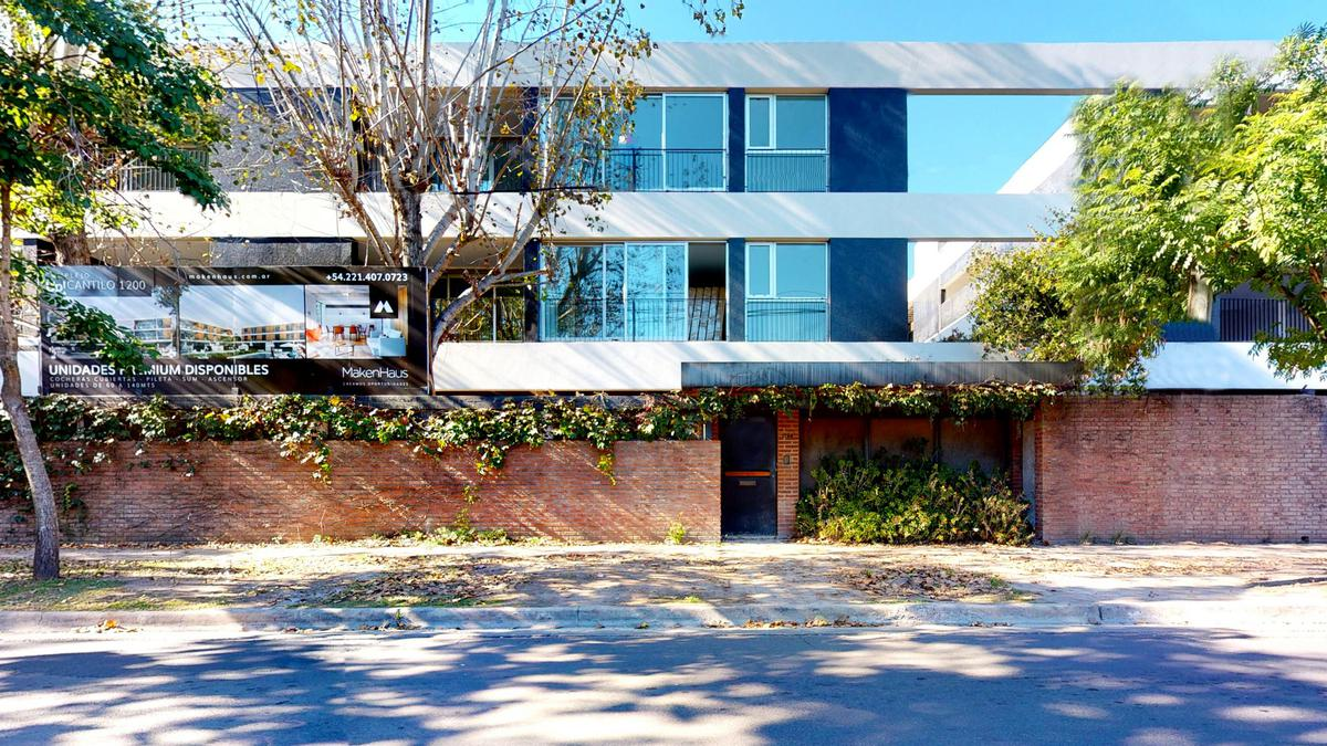 Foto Departamento en Venta en  City Bell,  La Plata  Cantilo E/ 17 y 19, 1° 10°