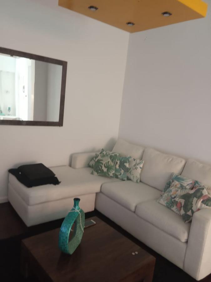 Foto Casa en Venta en  Villa Luro ,  Capital Federal  LISBOA 400