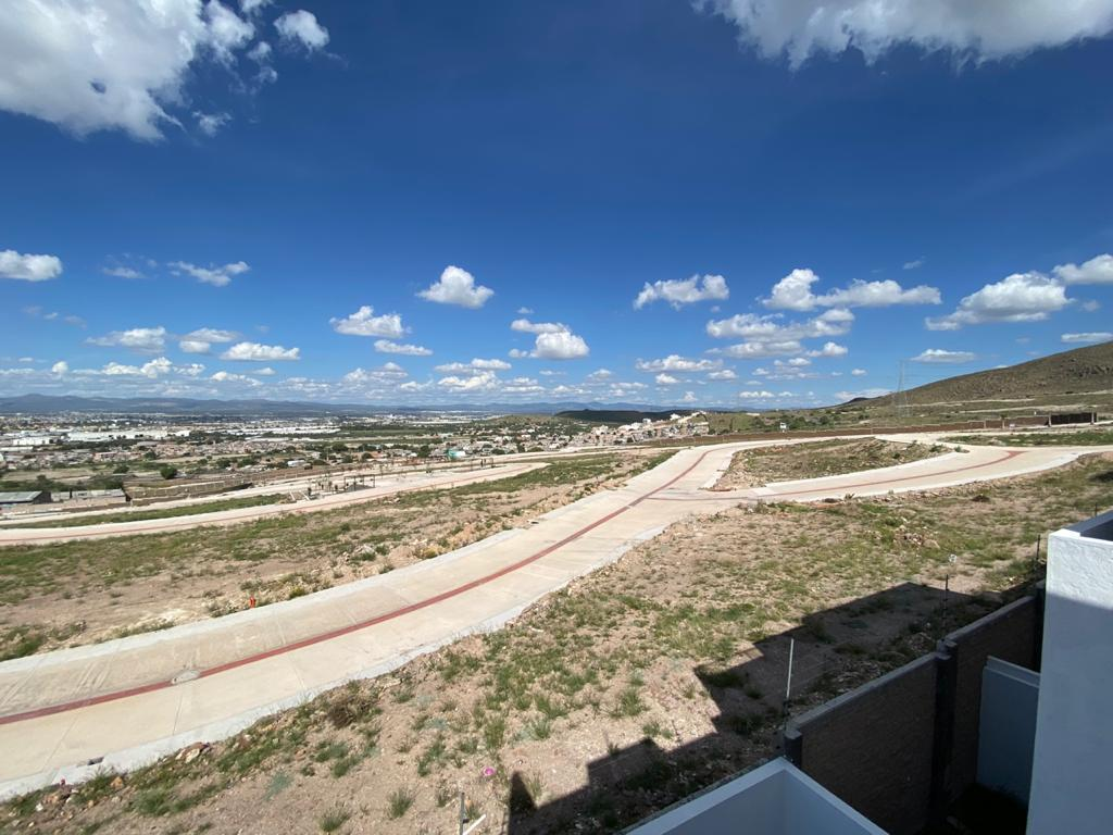 Foto Terreno en Venta en  Satélite Francisco I Madero,  San Luis Potosí   CAMPO AZUL