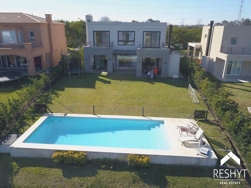 Foto Casa en Alquiler en  Los Lagos,  Nordelta  Barrio Los Lagos Nordelta