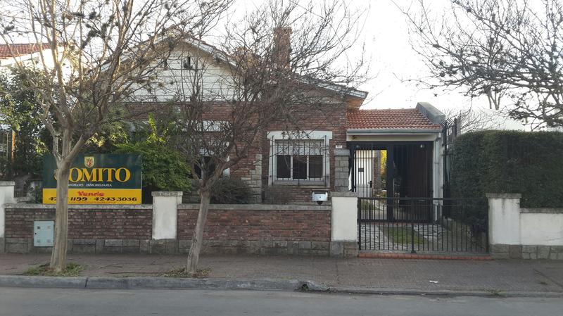 Foto Casa en Venta en  Temperley Oeste,  Temperley  Brandsen al 500