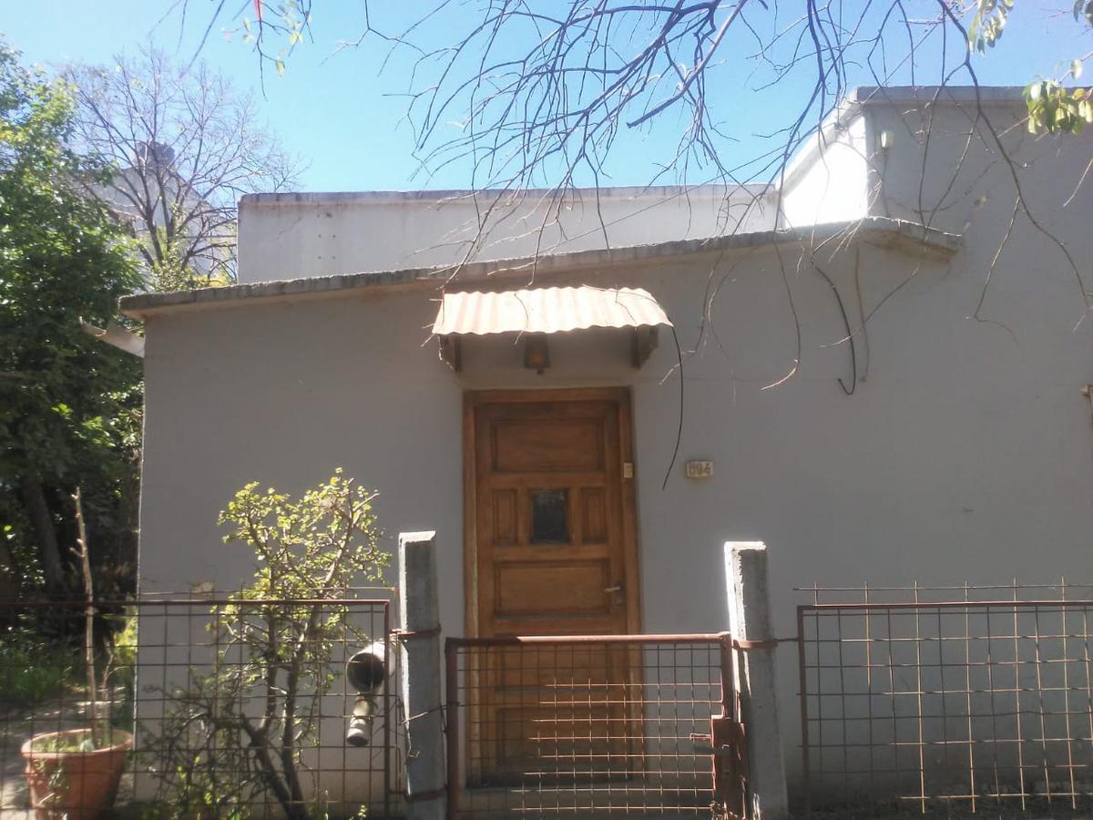 Foto Casa en Venta en  Colon,  Colon  Rocamora al 500