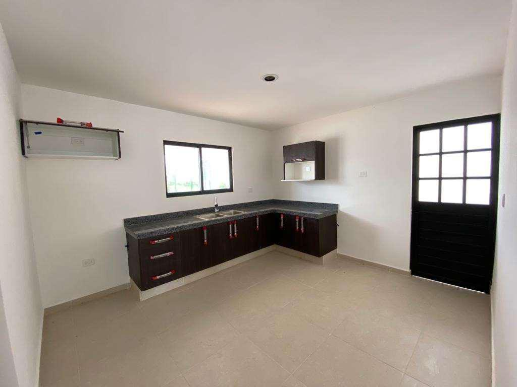 Foto Casa en Renta en  Mérida ,  Yucatán  HERMOSA CASA EN RENTA PRIV. BOTANICO