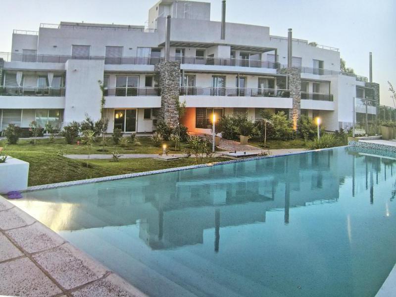 Foto PH en Venta en  Casonas del Golf,  Villa Allende  Casonas del Golf