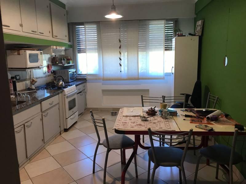 Foto Casa en Venta en  Tigre,  Tigre  Moreno al 800