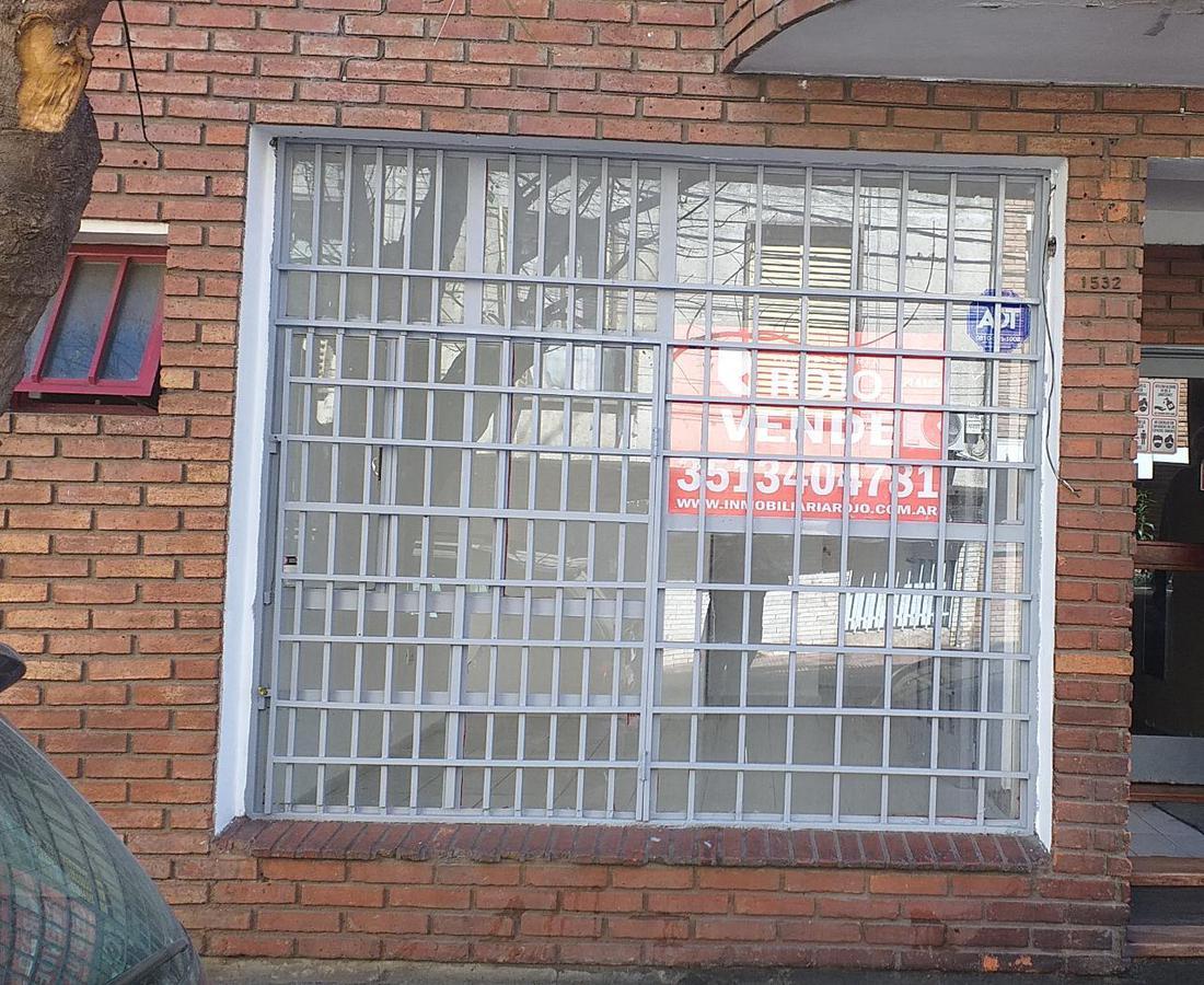 Foto Local en Venta   Alquiler en  Alberdi,  Cordoba Capital  Alberdi