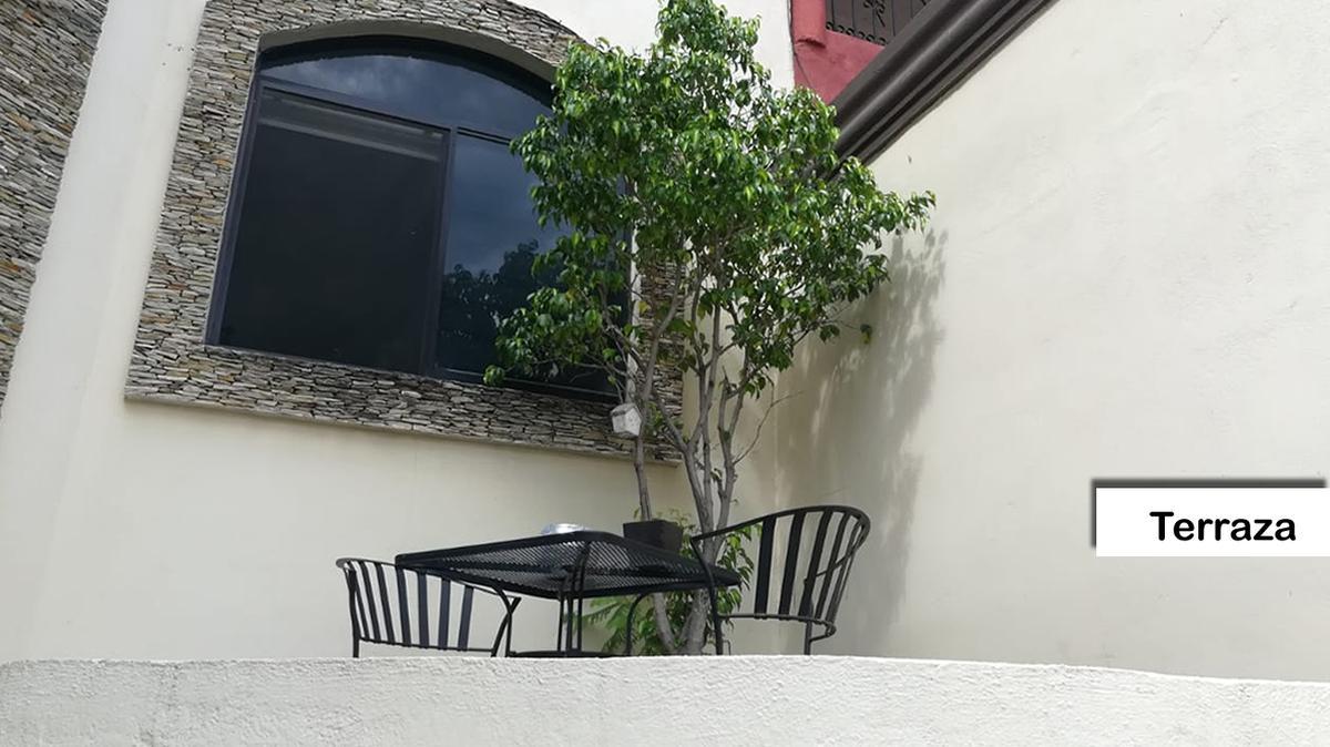 Venta de Casa 3 recamaras en Monterrey Las Brisas 2 Sector