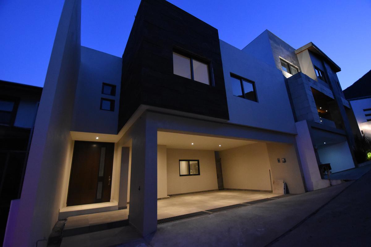 Foto Casa en Venta en  Colinas de San Jerónimo,  Monterrey  CASA VENTA SAN JERONIMO