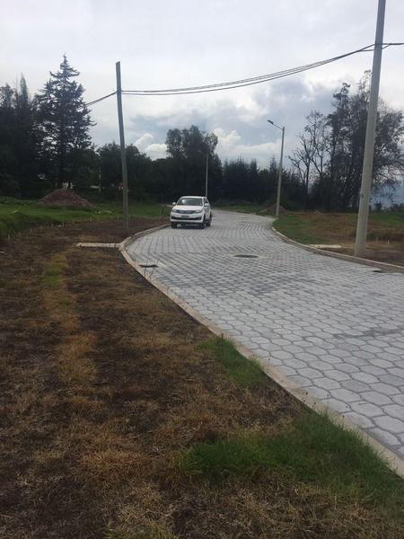Foto Terreno en Venta en  Pifo,  Quito  PIFO SE VENDE TERRENOS INDUSTRIALES MEDIANO IMPACTO