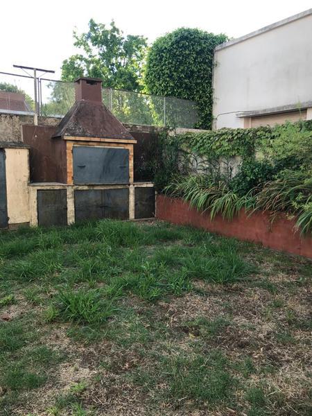 Foto Casa en Venta en  La Plata ,  G.B.A. Zona Sur  61 entre 26 y 27