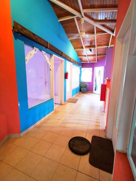 Foto Oficina en Alquiler en  Las Carmelitas,  Santisima Trinidad  Zona Paseo Carmelitas